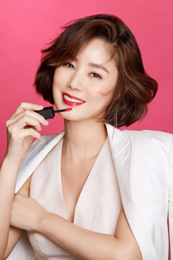 Cựu Hoa hậu Hàn Quốc 51 tuổi trẻ đẹp gợi cảm như đôi mươi ảnh 7