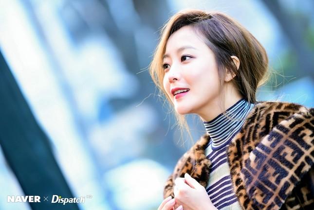 Kim Hee Sun trẻ đẹp ngỡ ngàng trên đất Ý ảnh 18