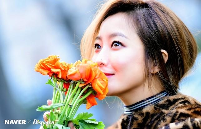 Kim Hee Sun trẻ đẹp ngỡ ngàng trên đất Ý ảnh 15