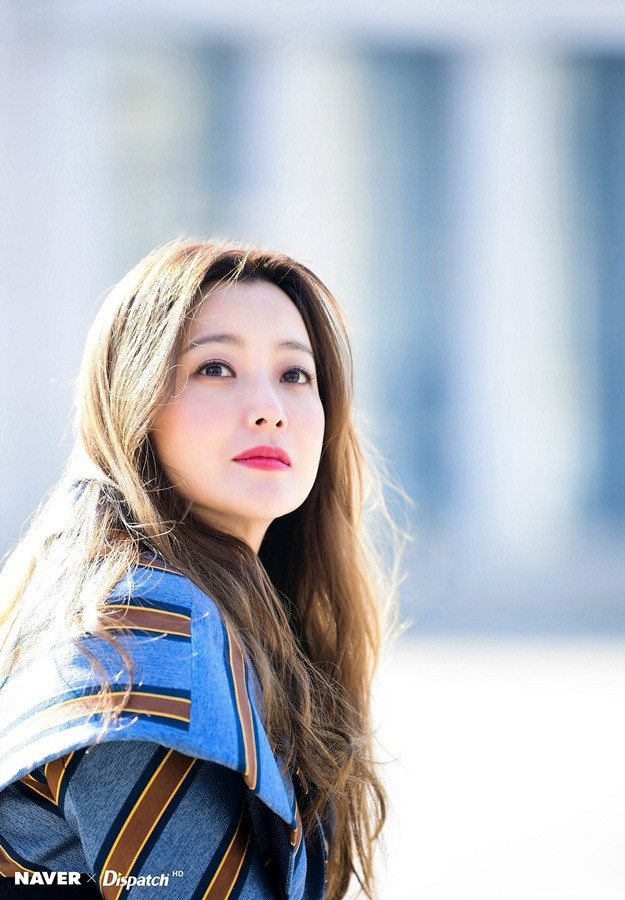 Kim Hee Sun trẻ đẹp ngỡ ngàng trên đất Ý ảnh 4