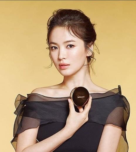 Song Hye Kyo gần tứ tuần vẫn mặn mà xuân sắc ảnh 7