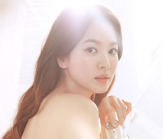 Song Hye Kyo gần tứ tuần vẫn mặn mà xuân sắc ảnh 11
