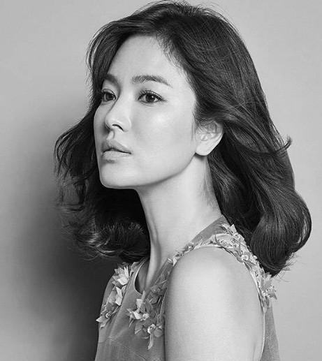Song Hye Kyo gần tứ tuần vẫn mặn mà xuân sắc ảnh 8