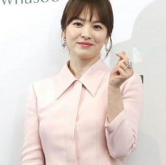 Song Hye Kyo gần tứ tuần vẫn mặn mà xuân sắc ảnh 3