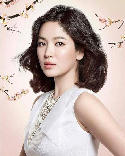 Song Hye Kyo gần tứ tuần vẫn mặn mà xuân sắc ảnh 9