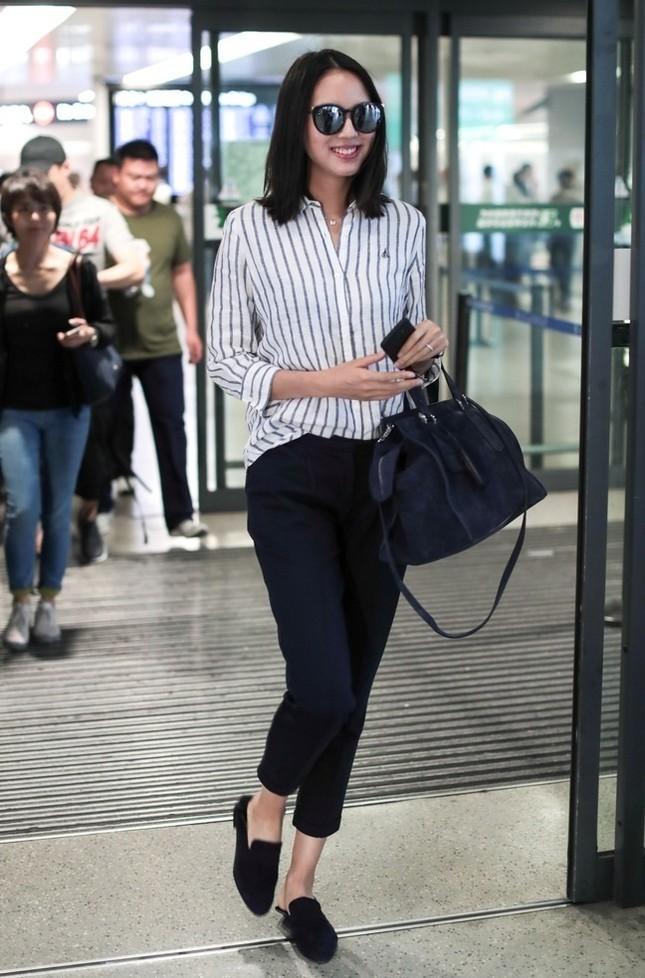 Hoa hậu Thế giới Trương Tử Lâm đón sinh nhật cùng con gái ở Disneyland ảnh 16