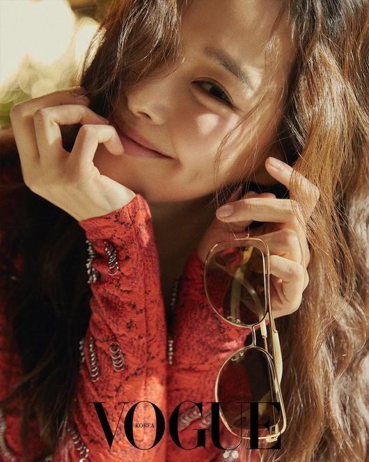 Dàn người đẹp Hàn Quốc rực rỡ đón nắng hè ảnh 6