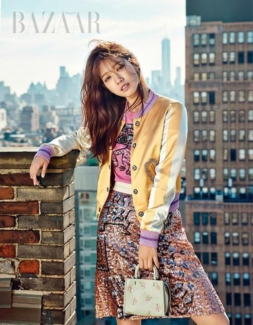 Dàn người đẹp Hàn Quốc rực rỡ đón nắng hè ảnh 13