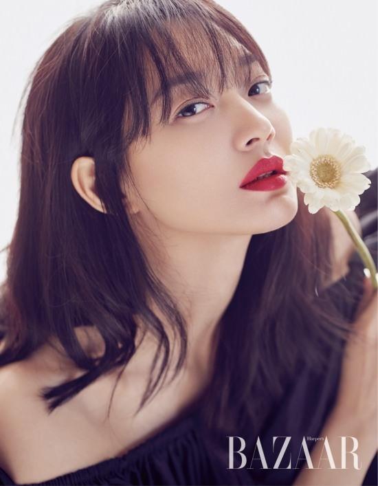 Dàn người đẹp Hàn Quốc rực rỡ đón nắng hè ảnh 17