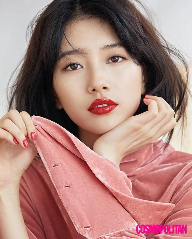 Dàn người đẹp Hàn Quốc rực rỡ đón nắng hè ảnh 4