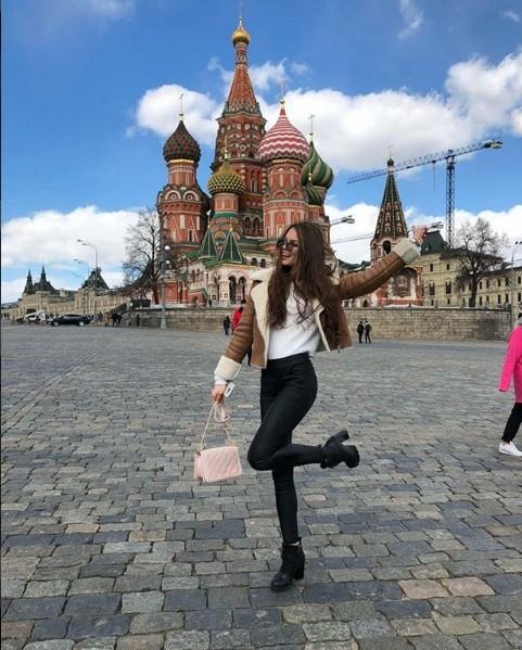Rung động nhan sắc đời thường của Hoa hậu Nga 18 tuổi vừa đăng quang ảnh 5