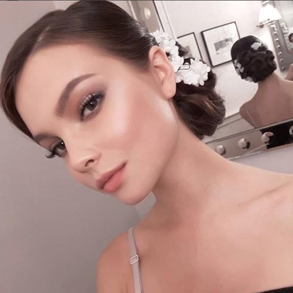 Rung động nhan sắc đời thường của Hoa hậu Nga 18 tuổi vừa đăng quang ảnh 16
