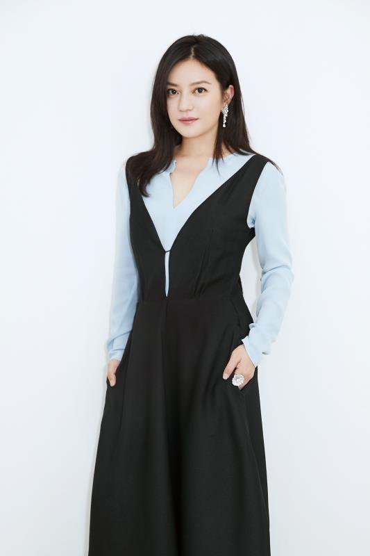 Hình ảnh tươi trẻ hiếm hoi của Châu Tấn sau tin đồn ly hôn ảnh 10