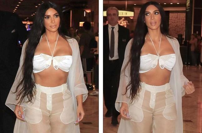 Kim Kardashian diện xuyên thấu siêu quyến rũ ở Las Vegas ảnh 1