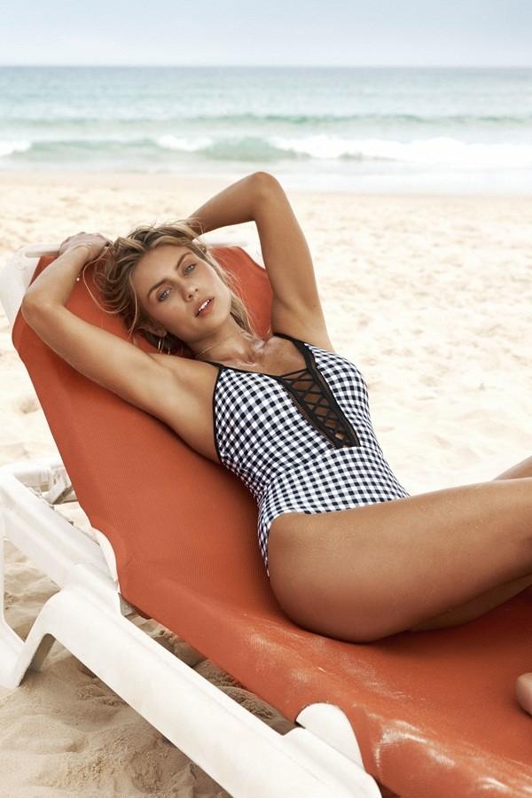 Vẻ đẹp thiên thần của nàng mẫu nội y nước Úc Elyse Knowles ảnh 2