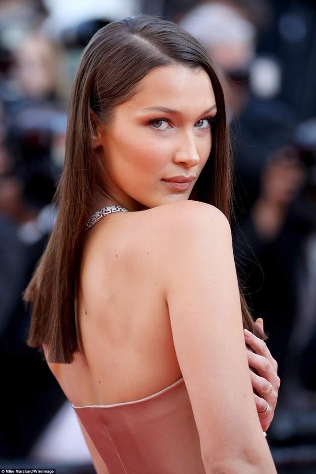 Dàn mỹ nhân gợi cảm nhất thảm đỏ Cannes ngày thứ 4 ảnh 14