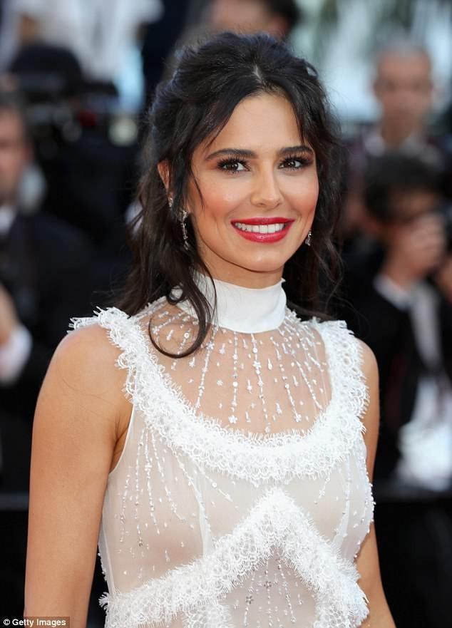 Dàn mỹ nhân gợi cảm nhất thảm đỏ Cannes ngày thứ 4 ảnh 7
