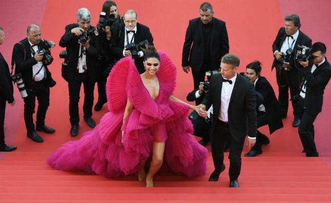 Dàn mỹ nhân gợi cảm nhất thảm đỏ Cannes ngày thứ 4 ảnh 4