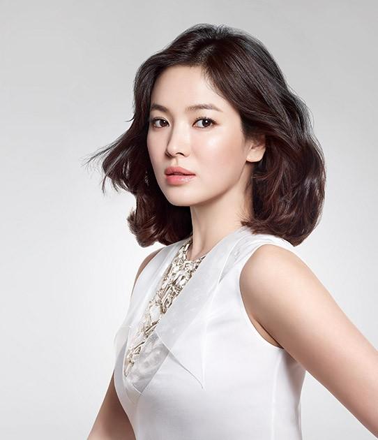 Song Hye Kyo duyên dáng nền nã ở Thượng Hải ảnh 12