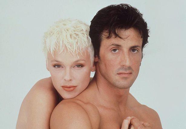 Vợ cũ 'người hùng cơ bắp' Sylvester Stallone sinh con ở tuổi 54 ảnh 10