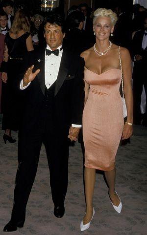 Vợ cũ 'người hùng cơ bắp' Sylvester Stallone sinh con ở tuổi 54 ảnh 11