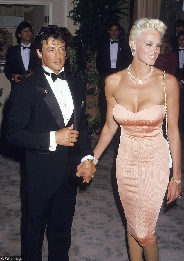 Vợ cũ 'người hùng cơ bắp' Sylvester Stallone sinh con ở tuổi 54 ảnh 13
