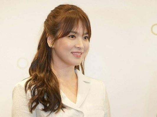 Gần 40 tuổi, Song Hye Kyo vẫn trẻ đẹp như búp bê ảnh 3
