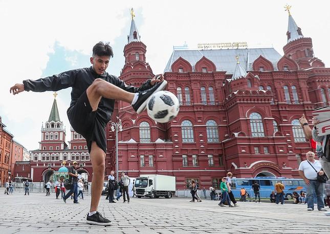Moscow nhiệt cuồng không khí World Cup trước giờ khai mạc ảnh 3
