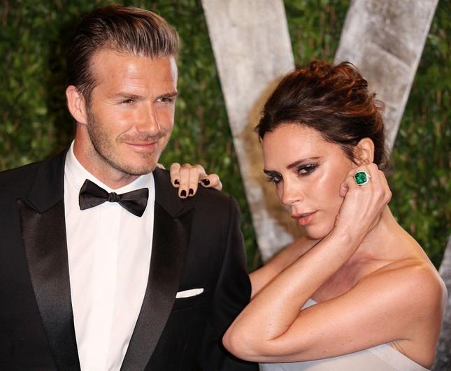 Vợ chồng nhà Becks tình tứ trong tiệc tối sau phủ nhận tin đồn ly hôn ảnh 5
