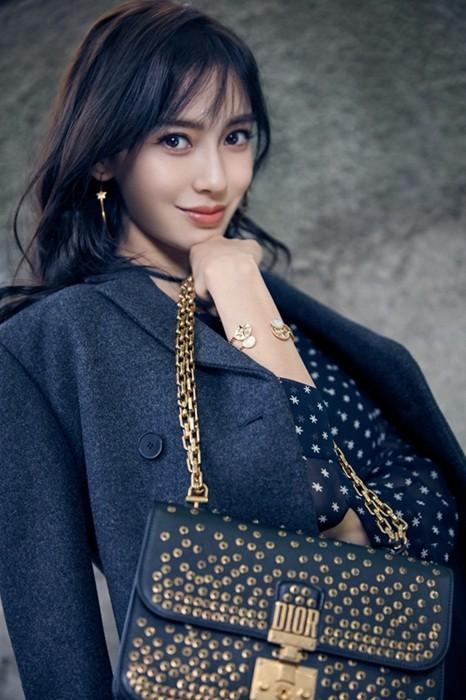 Xao xuyến nét dễ thương của cô nàng xứ Hàn 'bản sao' Angelababy ảnh 2