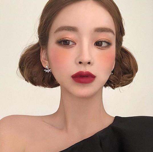Xao xuyến nét dễ thương của cô nàng xứ Hàn 'bản sao' Angelababy ảnh 19
