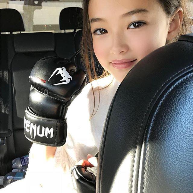 Thiên thần lai 10 tuổi xinh đẹp khiến showbiz Hàn 'dậy sóng' ảnh 10