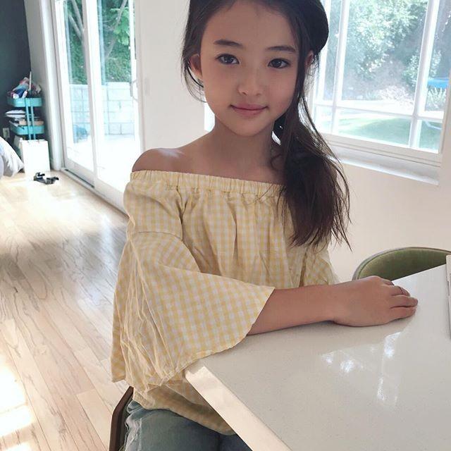 Thiên thần lai 10 tuổi xinh đẹp khiến showbiz Hàn 'dậy sóng' ảnh 11