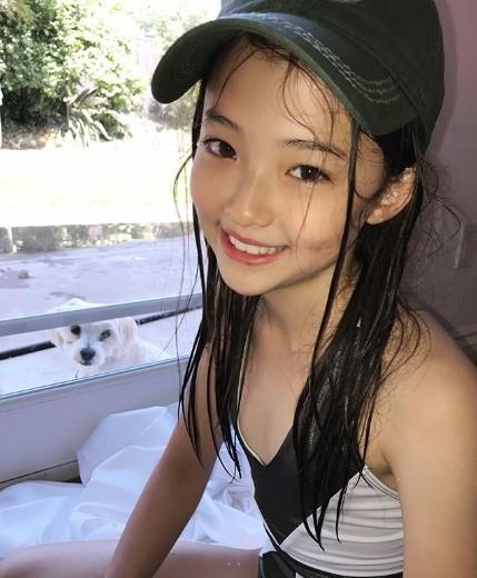 Thiên thần lai 10 tuổi xinh đẹp khiến showbiz Hàn 'dậy sóng' ảnh 13