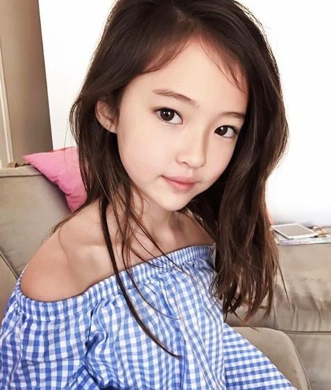 Thiên thần lai 10 tuổi xinh đẹp khiến showbiz Hàn 'dậy sóng' ảnh 6