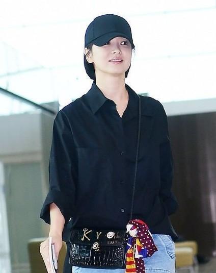 Song Hye Kyo U40 vẫn trẻ trung năng động, giản dị không ngờ ảnh 10