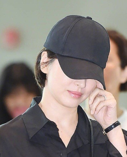 Song Hye Kyo U40 vẫn trẻ trung năng động, giản dị không ngờ ảnh 6