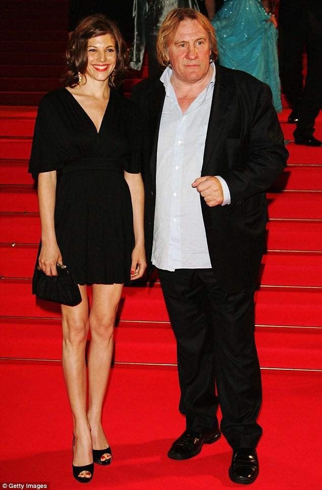 Huyền thoại điện ảnh Pháp U70 bị tố cưỡng hiếp nữ diễn viên 22 tuổi ảnh 3