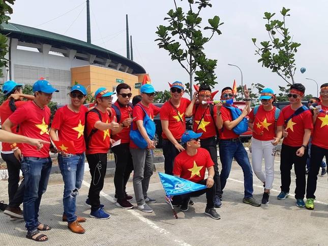 Olympic Việt Nam - UAE: An ninh vào sân vận động được thắt chặt ảnh 1