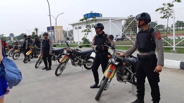 Olympic Việt Nam - UAE: An ninh vào sân vận động được thắt chặt ảnh 3