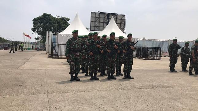 Olympic Việt Nam - UAE: An ninh vào sân vận động được thắt chặt ảnh 8