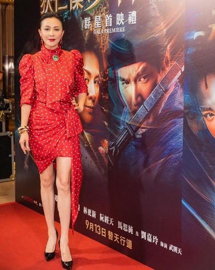 'Nữ hoàng màn ảnh' Hồng Kông Lưu Gia Linh U60 trẻ đẹp rực rỡ ảnh 6