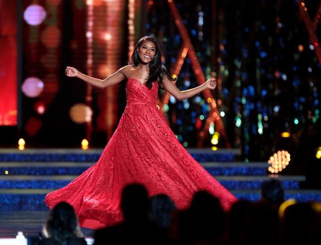 Mỹ nhân da màu 25 tuổi đăng quang Hoa hậu Mỹ 2019 ảnh 7