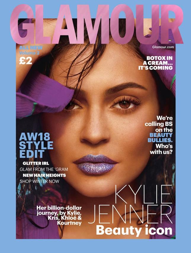 Kylie Jenner tung ảnh áo tắm cực 'hot' với dáng 'đồng hồ cát' ảnh 6