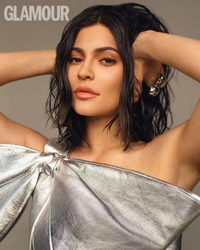 Kylie Jenner tung ảnh áo tắm cực 'hot' với dáng 'đồng hồ cát' ảnh 9