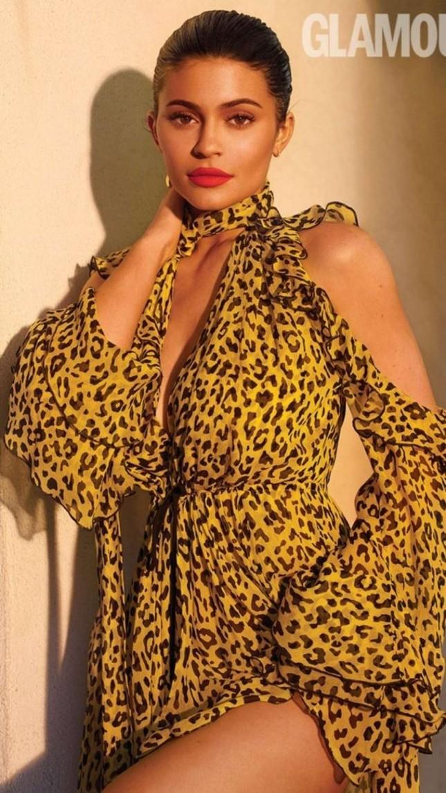 Kylie Jenner tung ảnh áo tắm cực 'hot' với dáng 'đồng hồ cát' ảnh 10