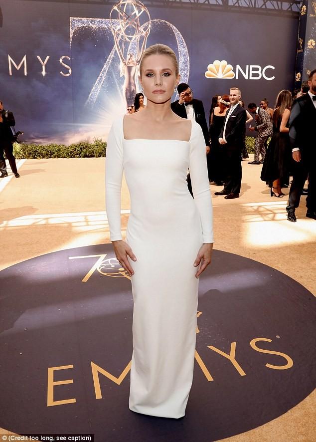 Scarlett Johansson quyến rũ nhất dàn 'thiên nga trắng' ảnh 13