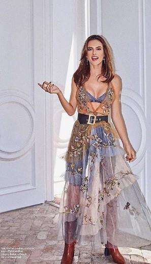 Alessandra Ambrosio eo thon chân dài dáng tuyệt đẹp ảnh 6