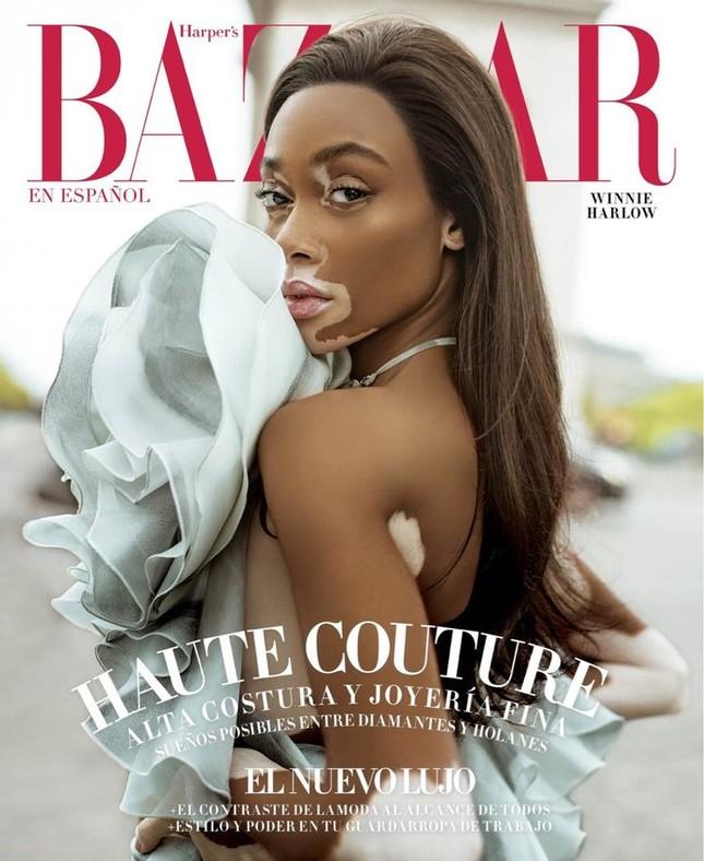 Nàng 'tân binh' Victoria's Secret dáng vóc hoàn hảo ở Paris ảnh 1