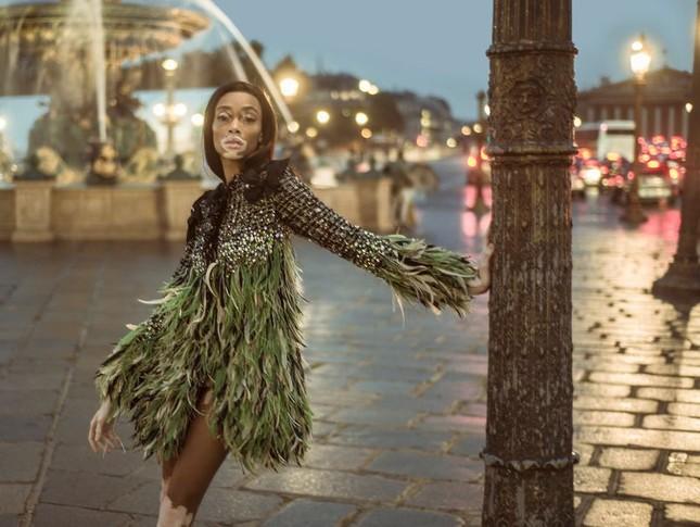 Nàng 'tân binh' Victoria's Secret dáng vóc hoàn hảo ở Paris ảnh 4